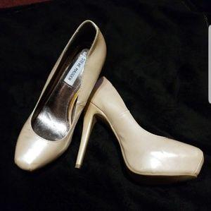 Pearl Stiletto Shoes